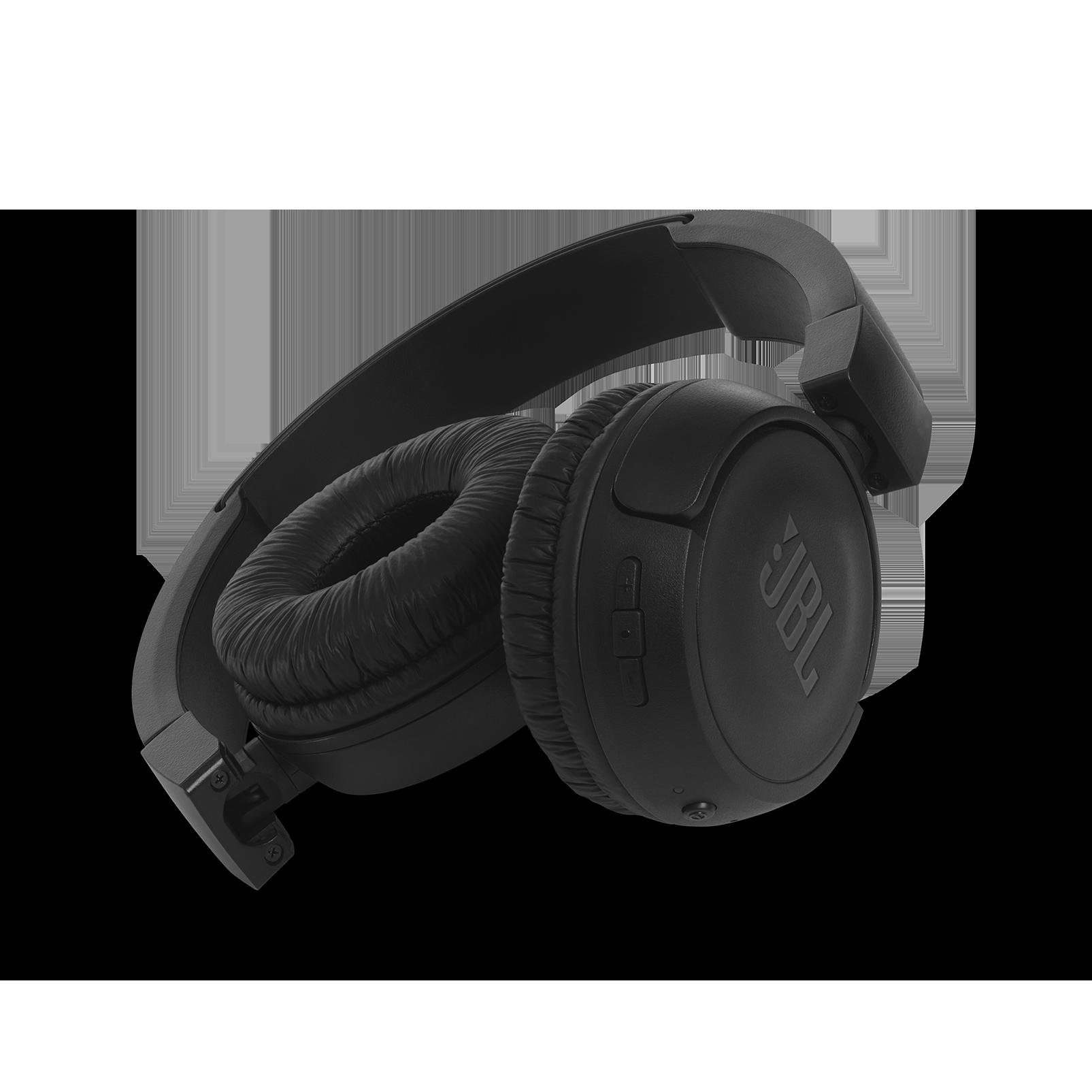 JBL T460BT - Black - Wireless on-ear headphones - Detailshot 1